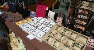 Feria de Artesanía en Velilla de San Antonio