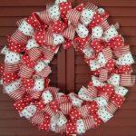 Corona de lazos para Navidad